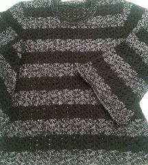 Srebrno crna bluza sa lepezastim rukavima