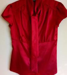 Crvena elegantna saten košulja kratkih rukava