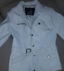 kozna bela jakna