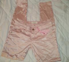 Bebi roze satenske pantalone nove