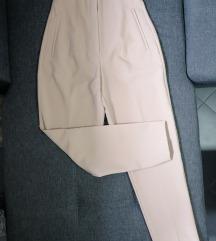 Zara krem pantalone SNIŽENO 1.645