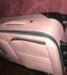 Kofer rozi mali