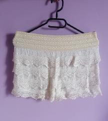 Čipkasti šorts suknja