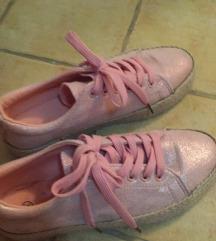 Roze patike
