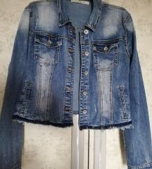 Re-dress teksas jakna, popularan kraći model