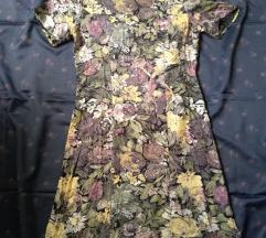 Ženstvena cvetna vintage haljina