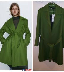 Nov Zara kaput vel XS