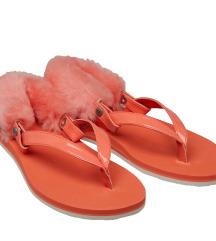 UGG original sandale *NOVO*