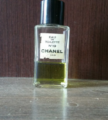 CHANEL No 19 splash vintage