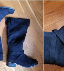 %3.000-Nove duge čizme, crne