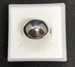 Srebrni prsten 925 NOVO! SNIZEN (2590din)