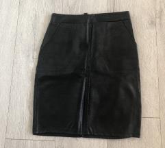Crna kozna suknja