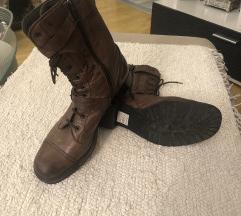 Zenske kožne čizme