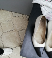 Dizajnerske italijanske cipele 38