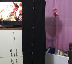 Crna haljina uz telo