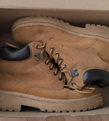Walkman kozne kanadjanke, cipele