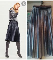 REZZ Nova siva plisirana suknja
