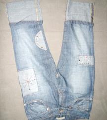 Tricetvrt pantalone