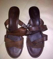 Timberlend kozne papuce kao nove 39