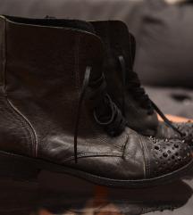 Crne cizme sa cirkonima