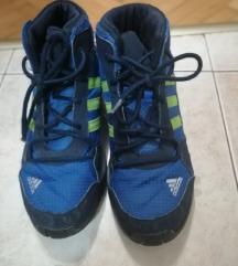 Adidas duboke cipele br.38