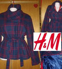 SNIZEN Prelep H&M kaputic/jakna