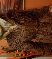 Divna bundica, vestacko krzno,prelepa boja 38,40