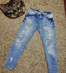 New Yorker Boyfriend jeans