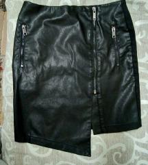 Kozna suknja sa kombinacijom platna. M