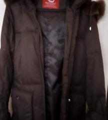 Nova i nenošena ženska jakna