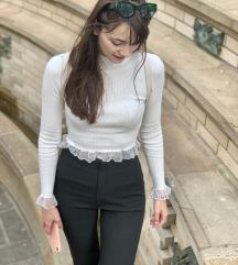 NOVA Zara bluzica sa čipkom