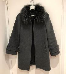 Zara manteco vuna kaput sa pravim krznom