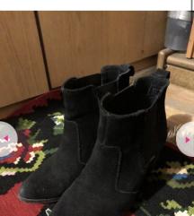 H&M cizme od prevrnute koze