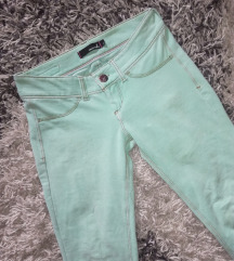 T.Weijl pastelno mint jeggings