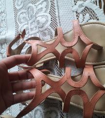 Sandale 38 italijanske 100%koza Sada 500dinara