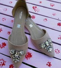 Divne romanticne cipelice NOVO
