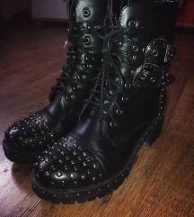 Nove cizme SNIZENO