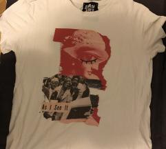 Bela majica sa printom UNIKAT