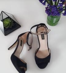 Crne brutalne sandalice