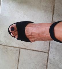 Oyso kozne sandale