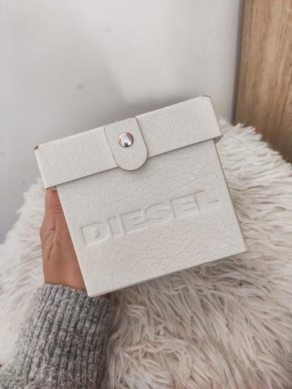 Diesel unisex sat