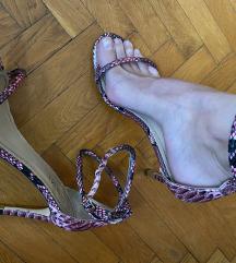 Prelepe sandale zmijski print