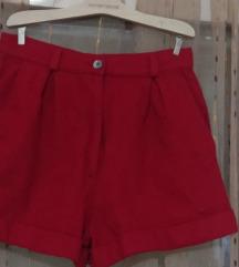 Crveni vuneni šorts