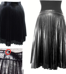 NOVA  Bar III suknja mali feler