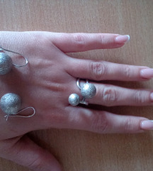 Srebro mindjuse i prsten