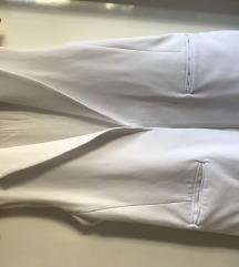 Zara beli prsluk