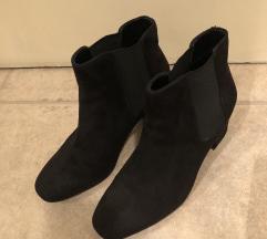 H&M crne cizme