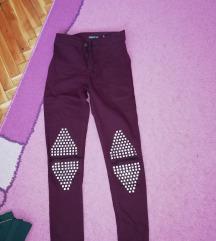 Tri para pantalona sa profila za 1100 din