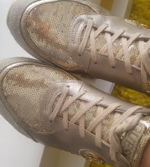 GUESS zlatne! 25,5 cm