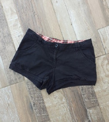 H&M crni šorts